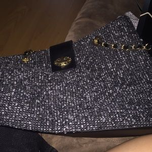 Nice medium sized purse.